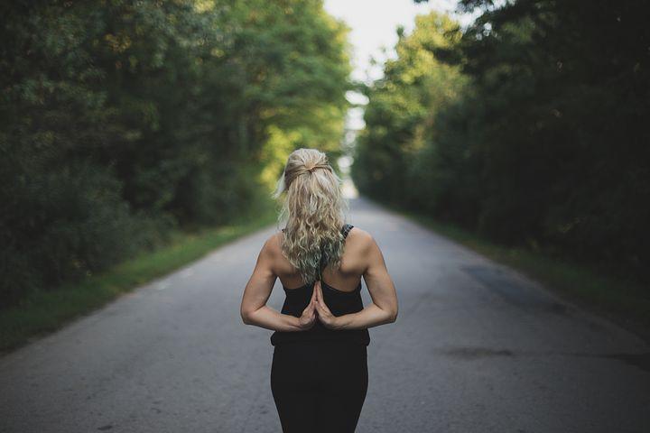 Comment le yoga entre dans notre vie… et peut y rester!