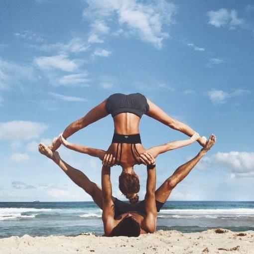 acro-yoga - retraite-yoga-panama-mai-2017