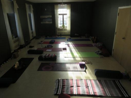 salle_retraite_yoga_manoir_chateauguay_novembre_2017