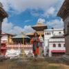 retraite_meditation_debutant_morning_prayer_mountains_nepal_pashupatinath_namaste