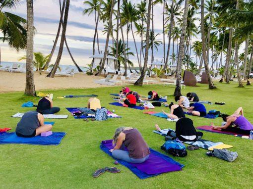 retraite_yoga_répupublique_dominicaine_novembre_décembre_2019_yoga_extérieur