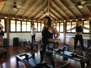 retraite_yoga_costa_rica_avril_2020_pilates_sur_reformer