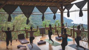 retraite_yoga_guatemala_janvier_2020_yoga_extérieur