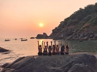 retraite_yoga_goa_inde_février_2020_groupe_eau