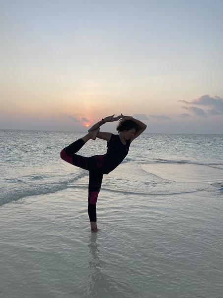 retraite_yoga_maldives_avril_2020_pose_ocean
