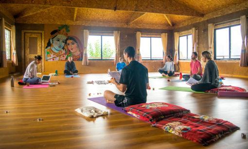 retraite_yoga_nepal_aout_2020_salle
