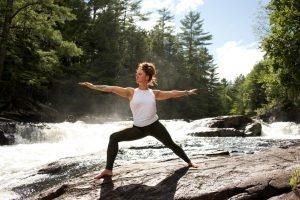 retraite_yoga_lac_brome_septembre_2020_pose_nature