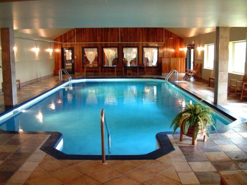 retraite_yoga_st-hippolyte_novembre_2020_piscine_interieure